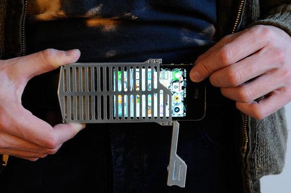 защита телефона от повреждений
