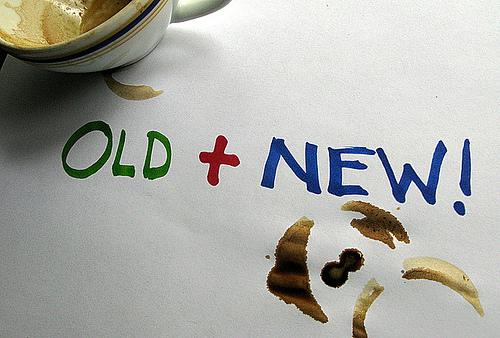 поменяйте старый чехол на новый